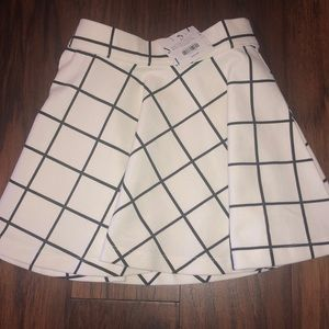 Janie and Jack Black & White Skirt